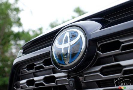 Un tremblement de terre force Toyota à suspendre la production de neuf usines au Japon